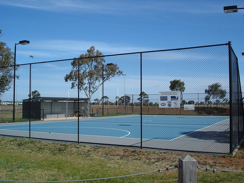 netball court fencing melton