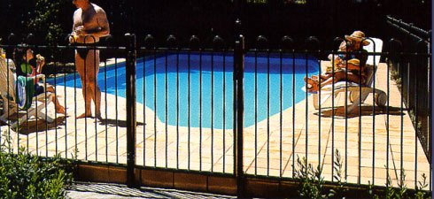 pool fences melton